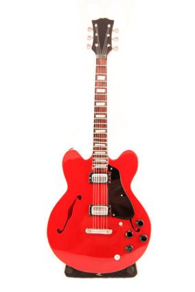 Мини-гитара Gibson Electric Red Heart цена от 999 руб
